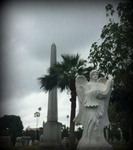 HollywoodForeverStatue